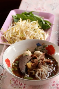 Nam Tok Boat Noodles - Damnoen Saduak Floating Market, Thailand