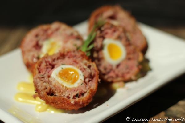 The Pig - Brocks Egg