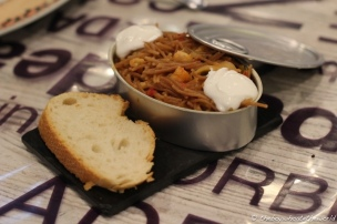Fideua con Aioli (Catalan-style Short Noodles with Aioli)