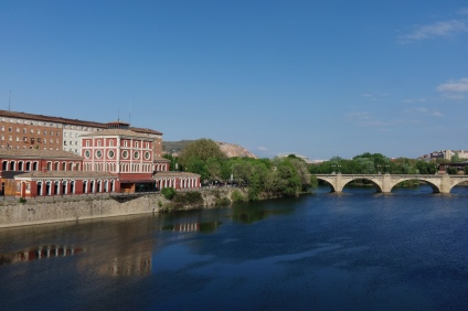 River Ebro running through Logrono